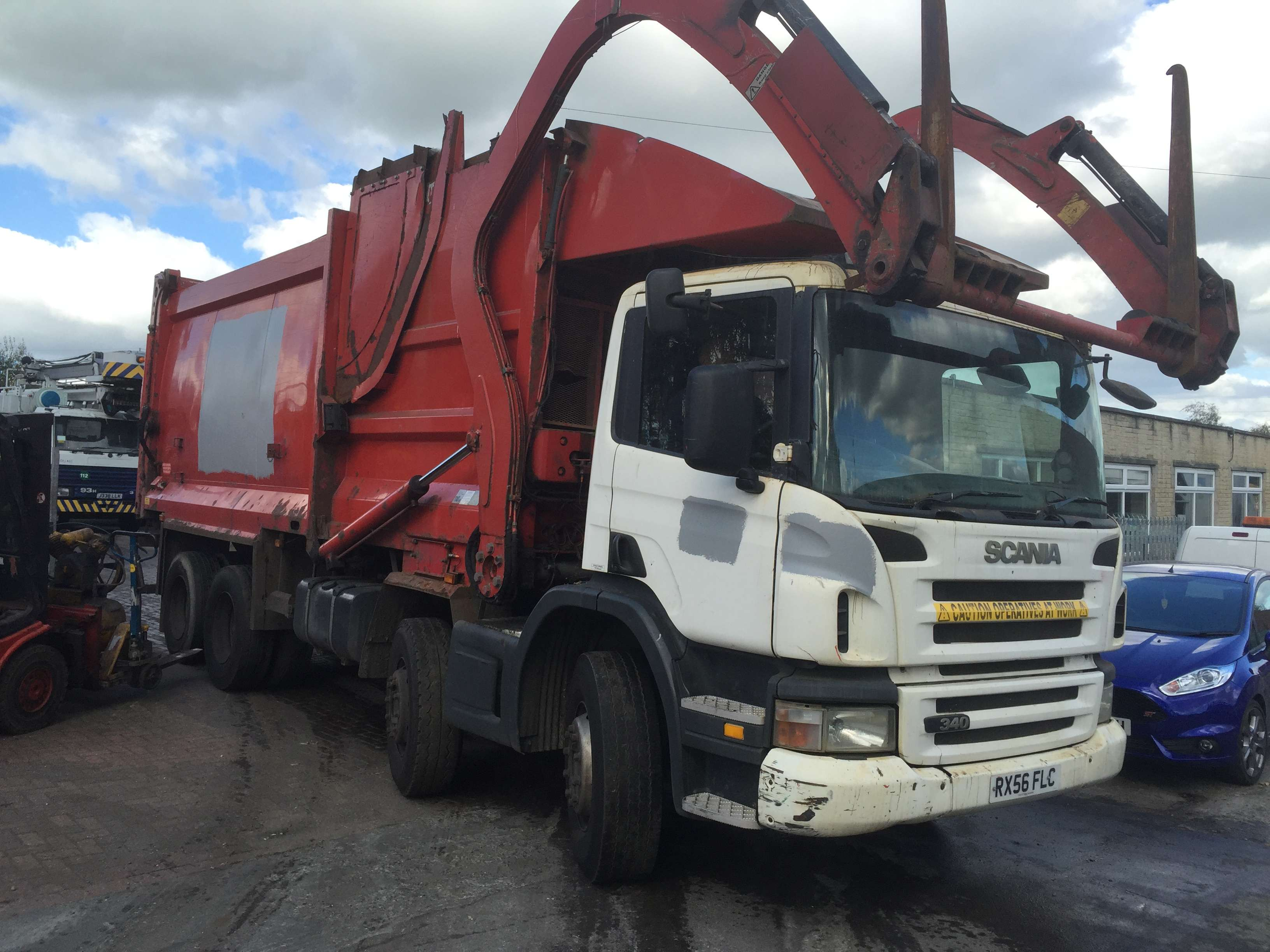 2006 Scania P340 8x4 FEL for sale 2