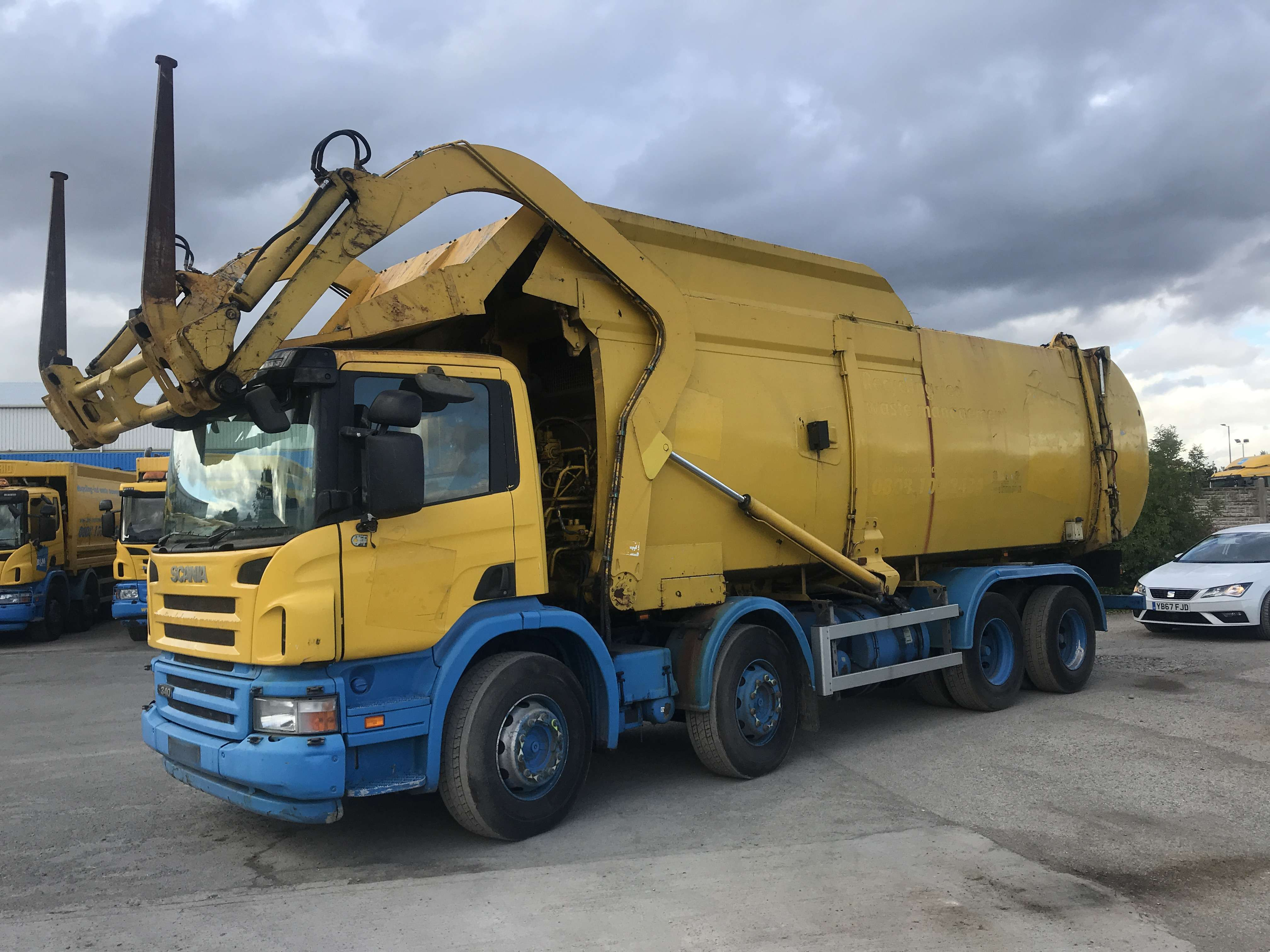 2007 Scania P340 8x4 front end loader for sale