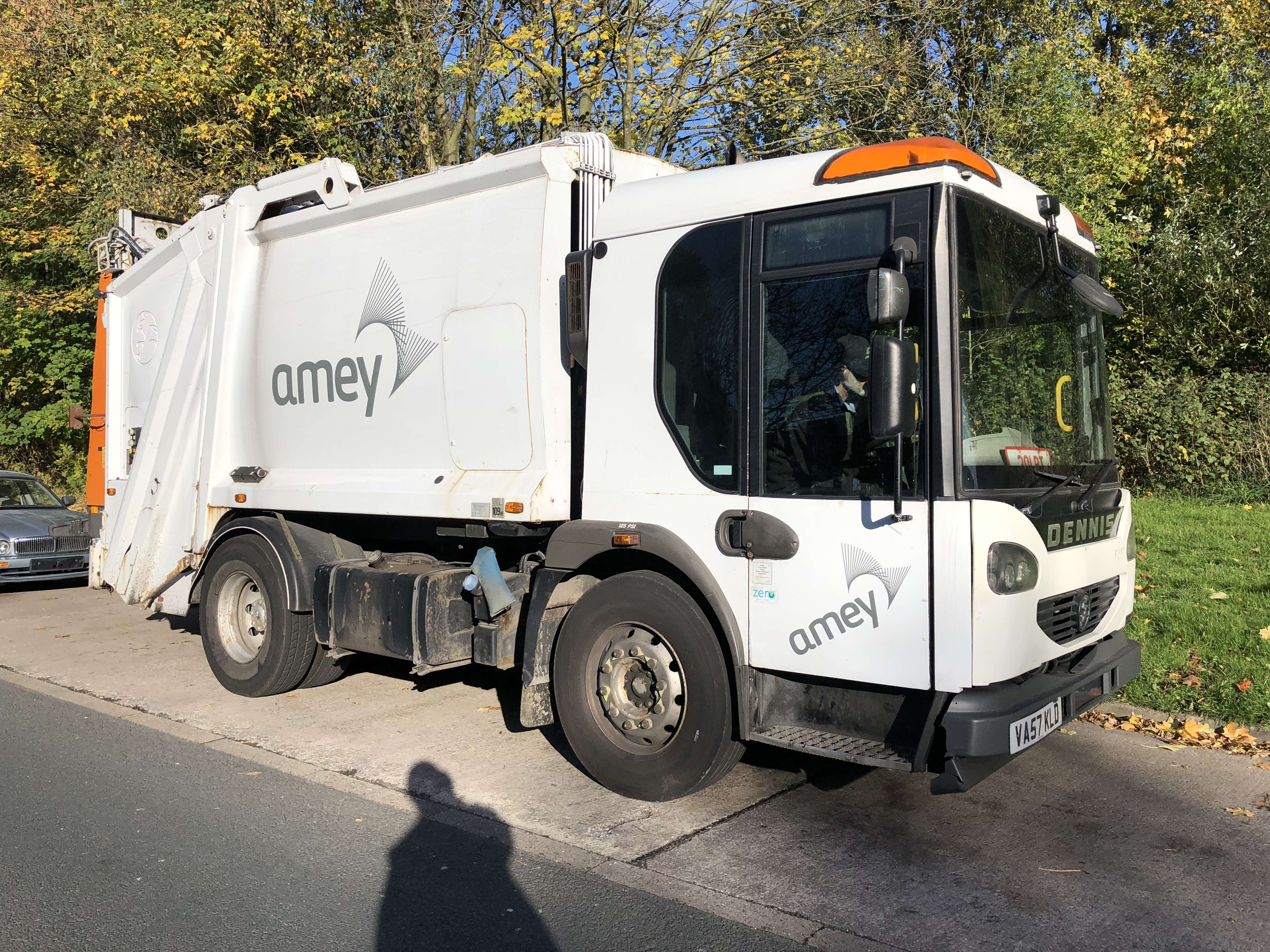 2008 Dennis 4x2 narrow track refuse collection truck for sale 2
