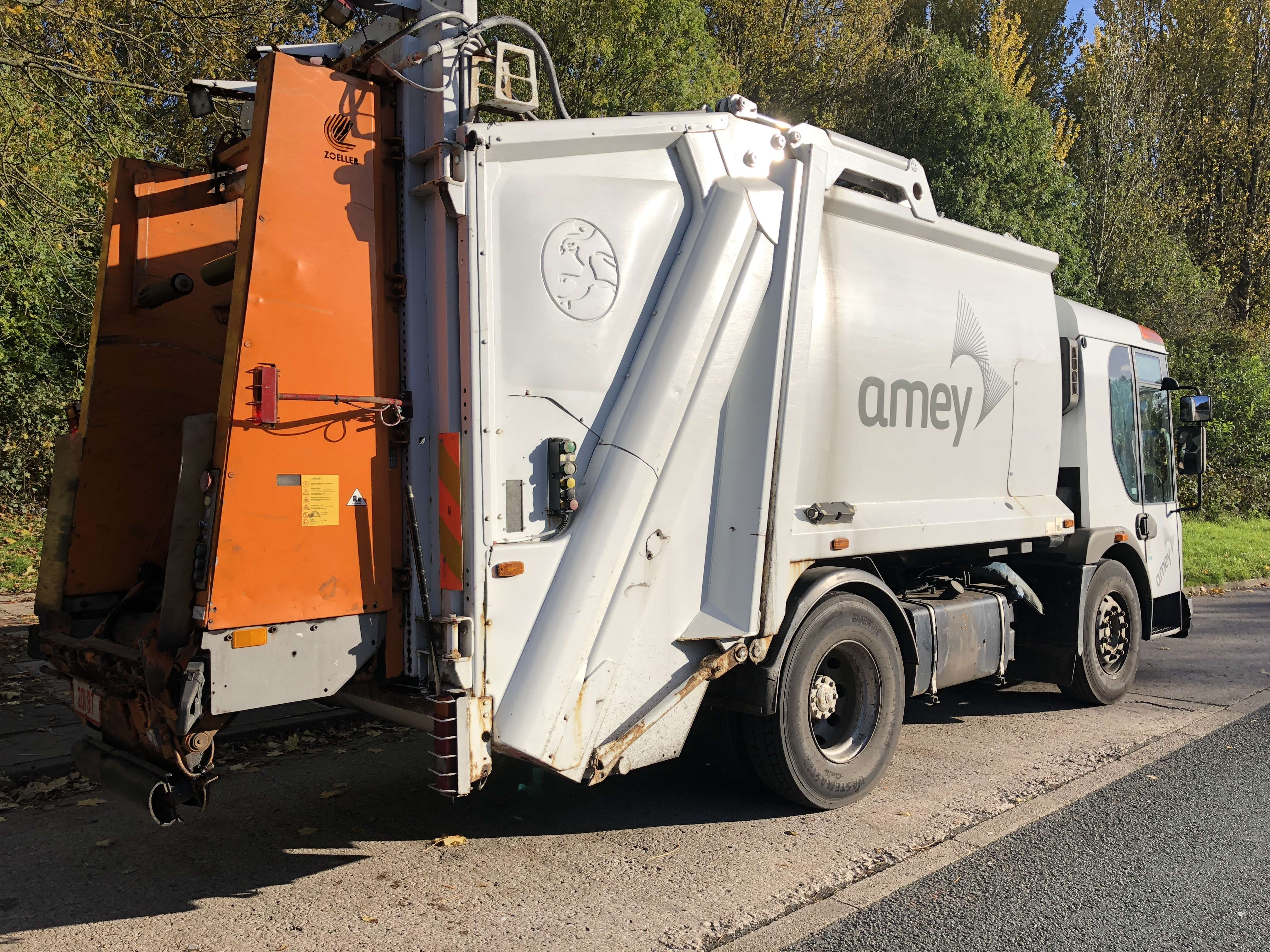 2008 Dennis 4x2 narrow track refuse collection truck for sale 5