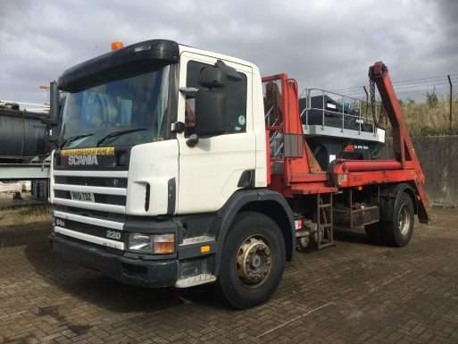2001 Scania 94D 220 Hyvalift skip lorry for sale