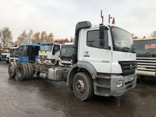 2006 Mercedes Axor 2528 6x2 chassis cab truck for sale