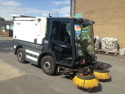 2009-59 schmidt swingo road sweeper