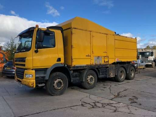 2009 DAF CF85.360 Vactor truck for sale 3