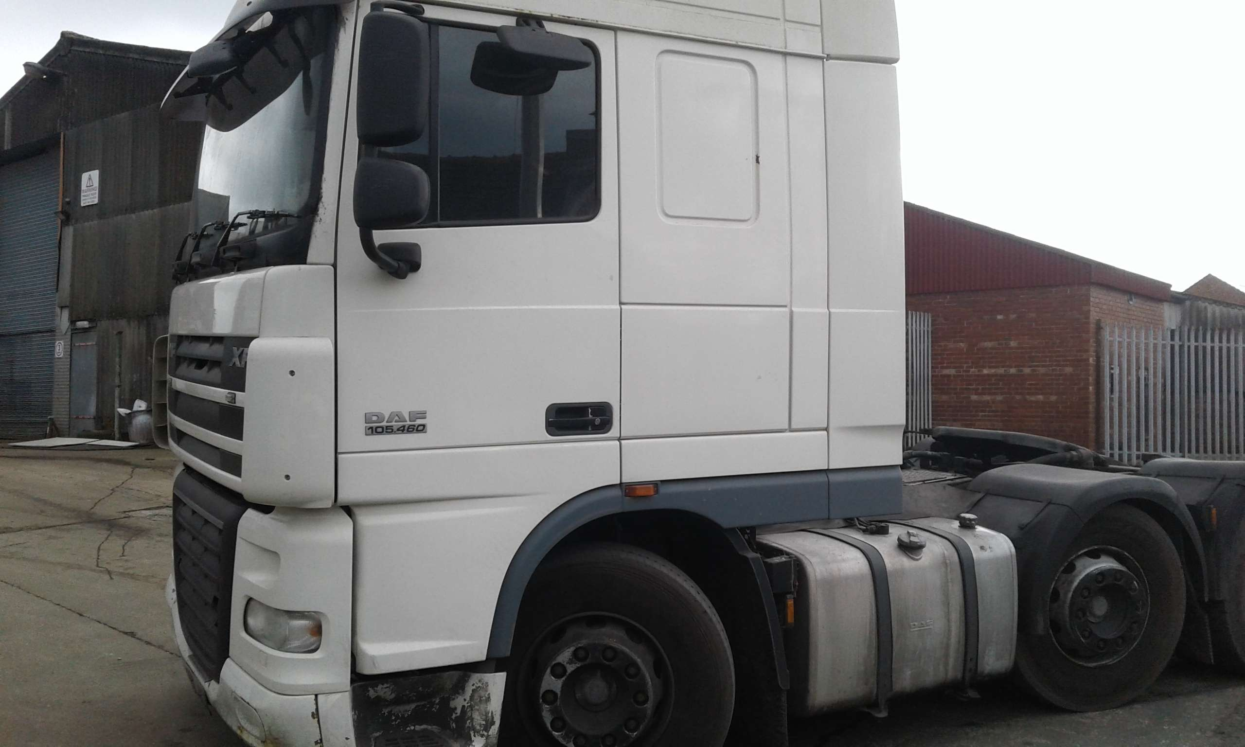 2010 DAF XF105 460 6x2 Tractor Units For Sale |