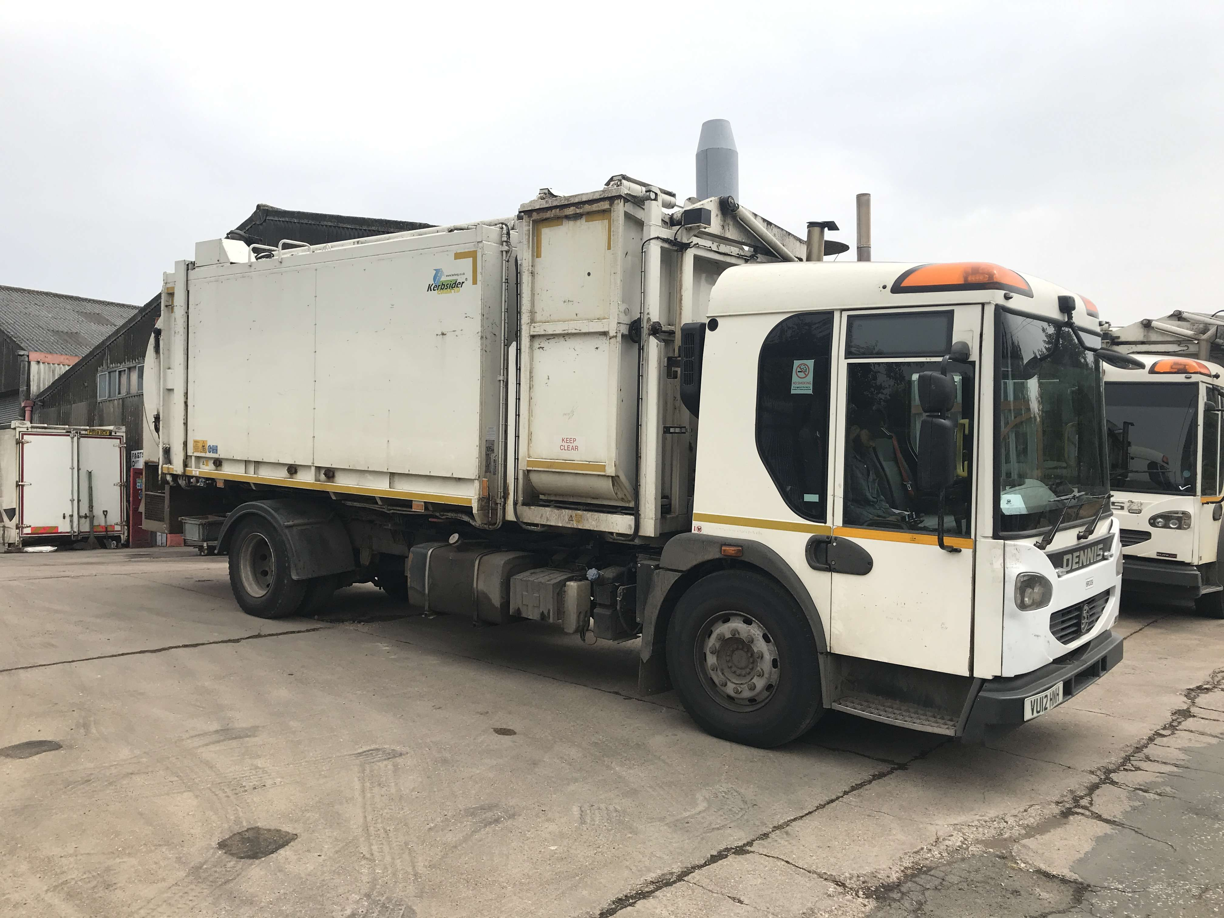 2012 Dennis Eagle kerbsider refuse truck for sale - Terberg Matec body with food pod 3