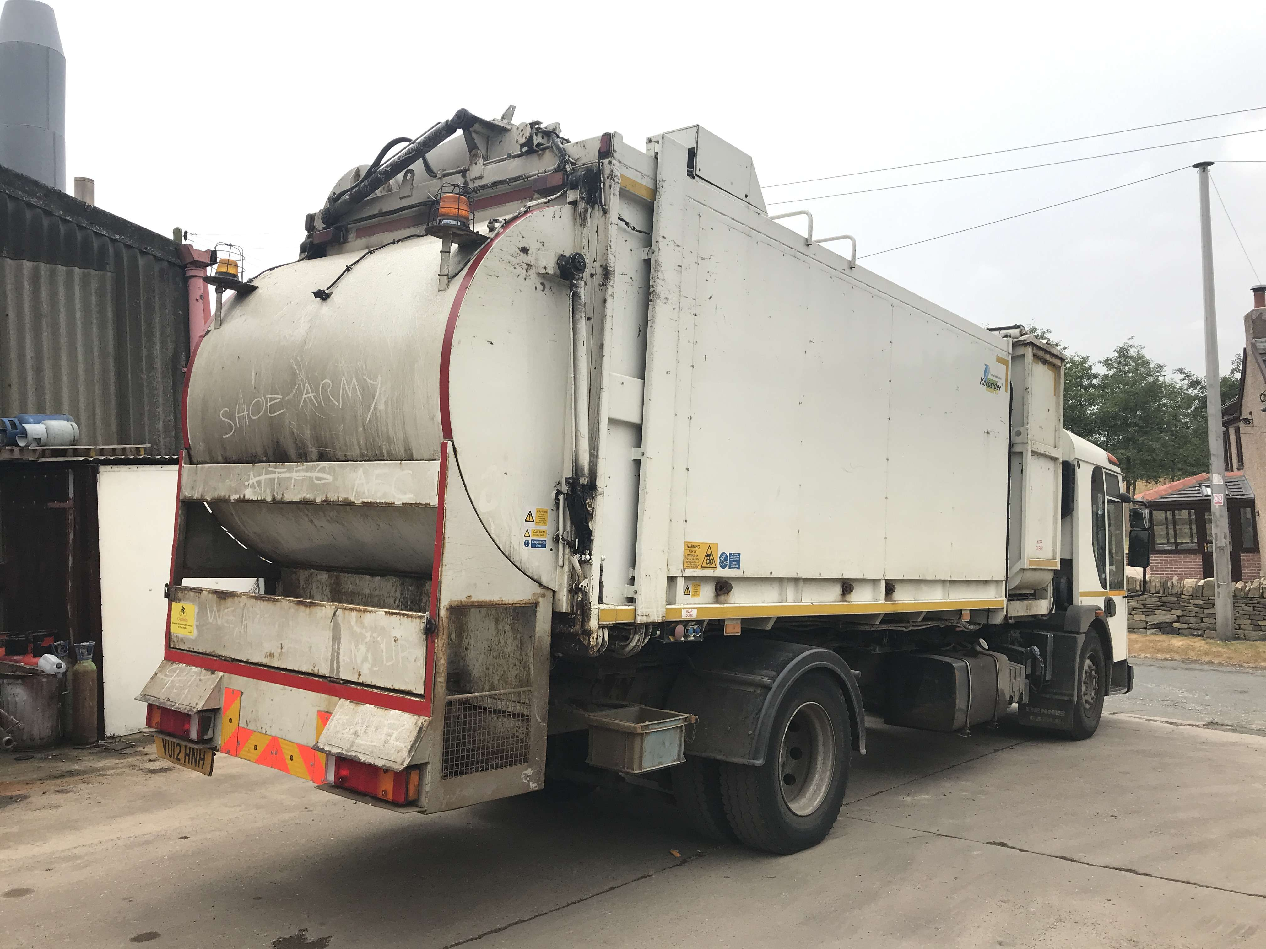 2012 Dennis Eagle kerbsider refuse truck for sale - Terberg Matec body with food pod 4