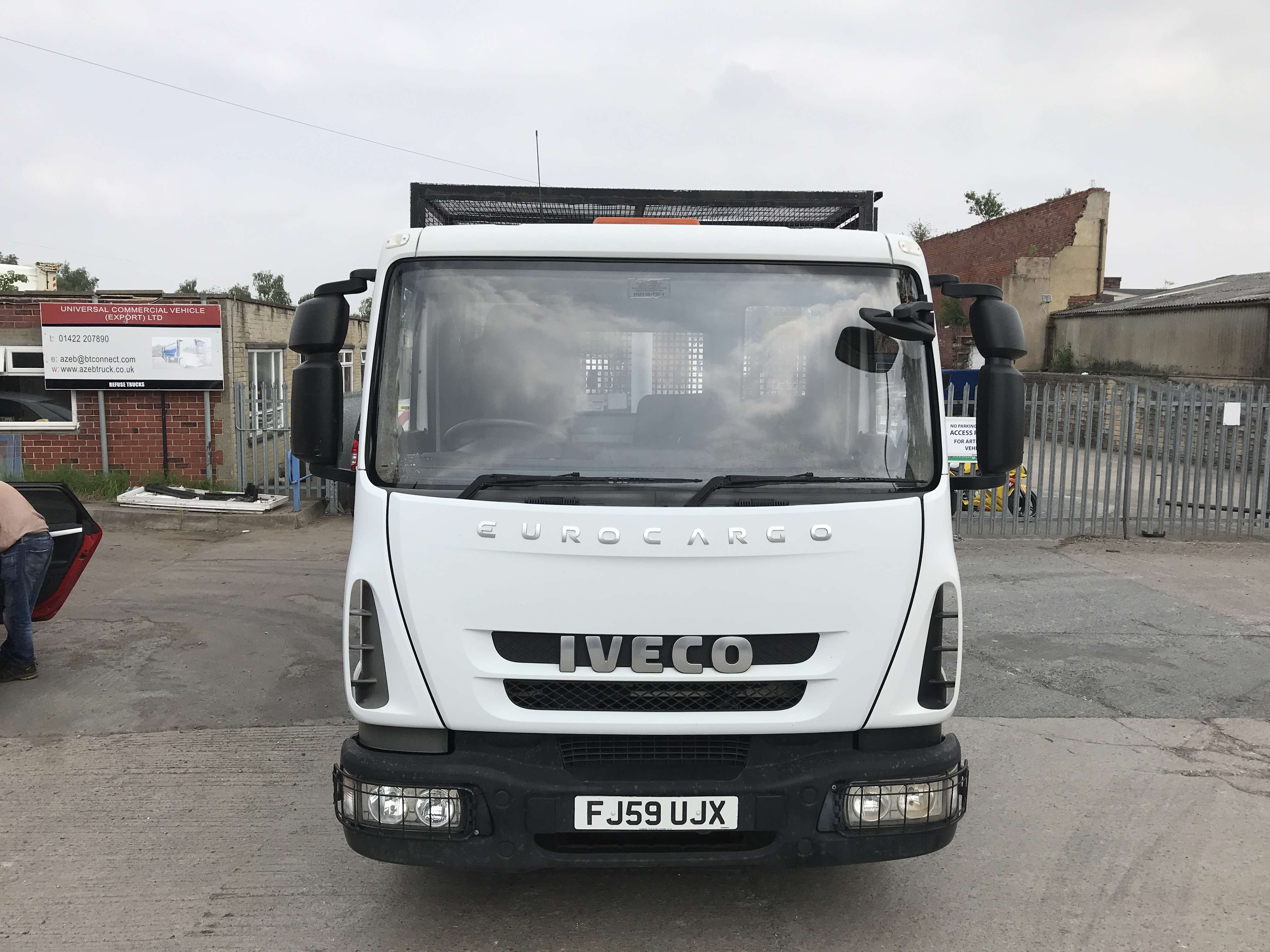 2010 Iveco 4x2 caged tipper for sale 2