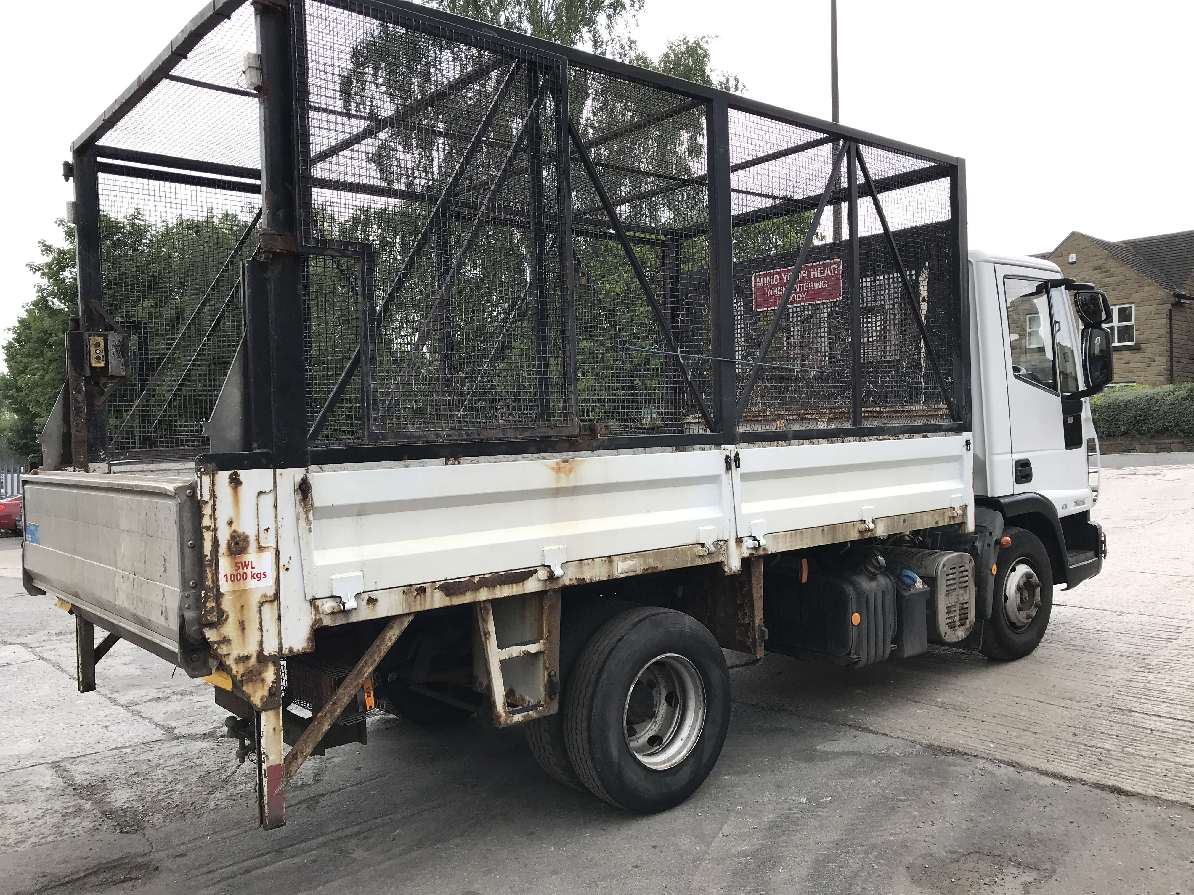 2010 Iveco 4x2 caged tipper for sale 7