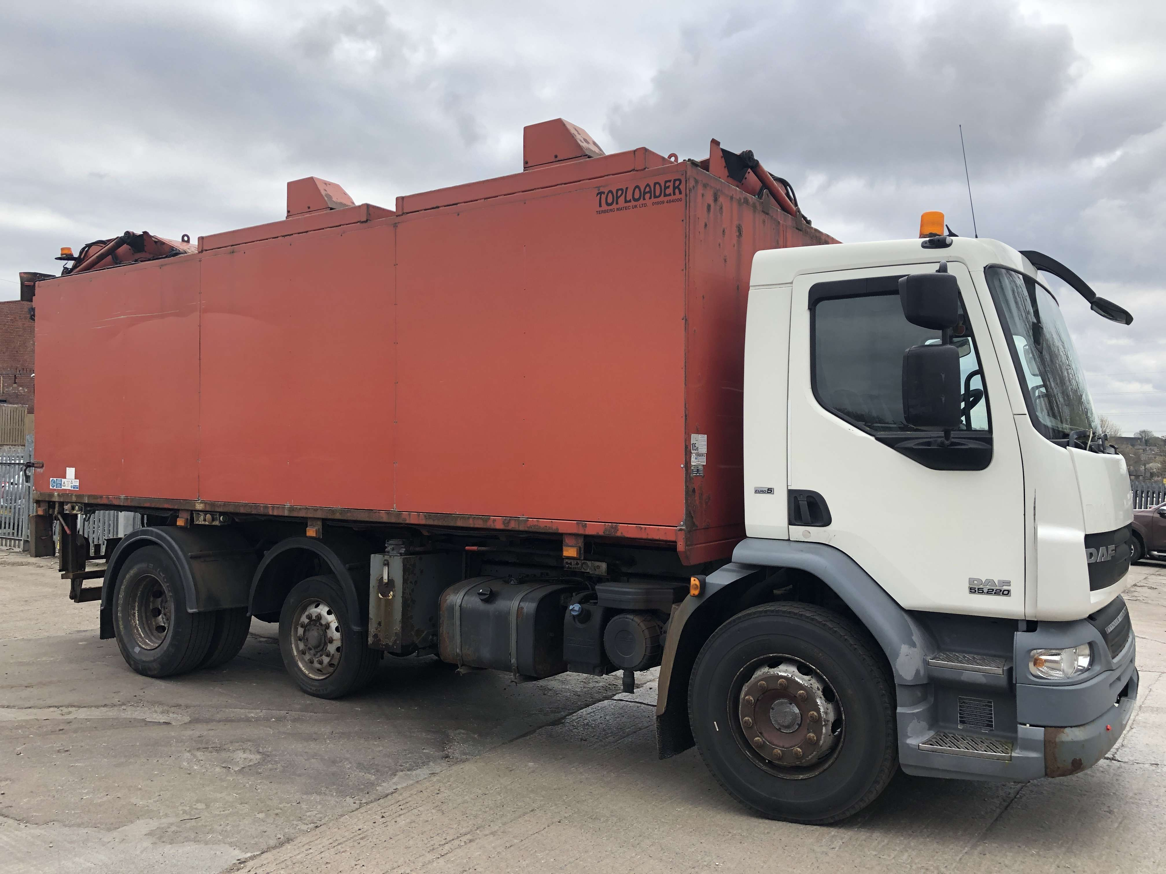 2008 DAF LF45.220 toploader refuse truck for sale 6