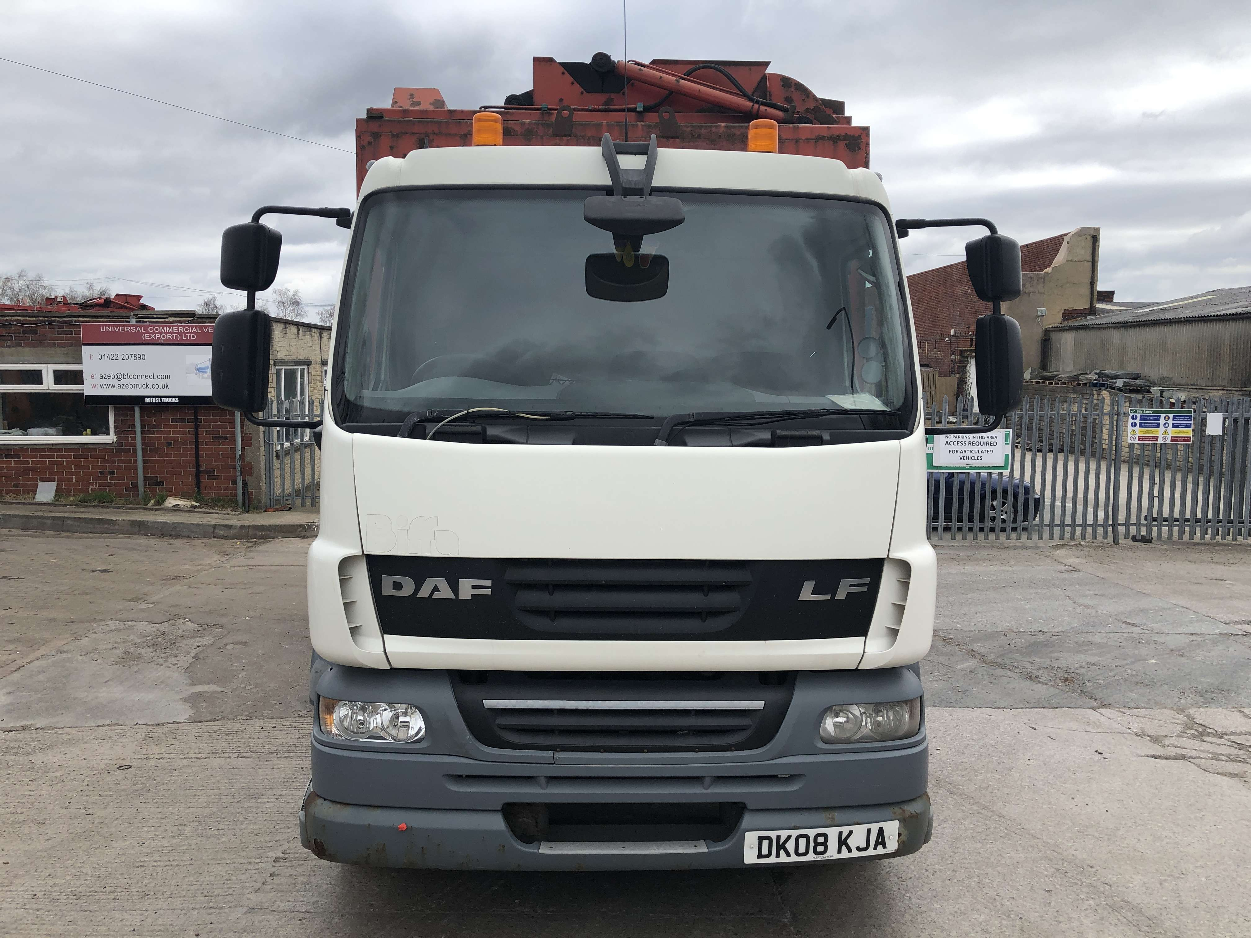 2008 DAF LF45.220 toploader refuse truck for sale 5