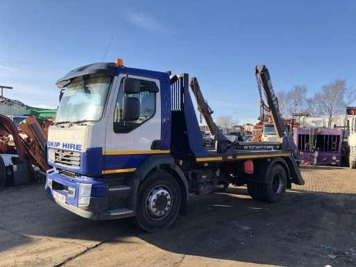 2008 Volvo 4x2 Skip Lorry For Sale, VDL extending arms