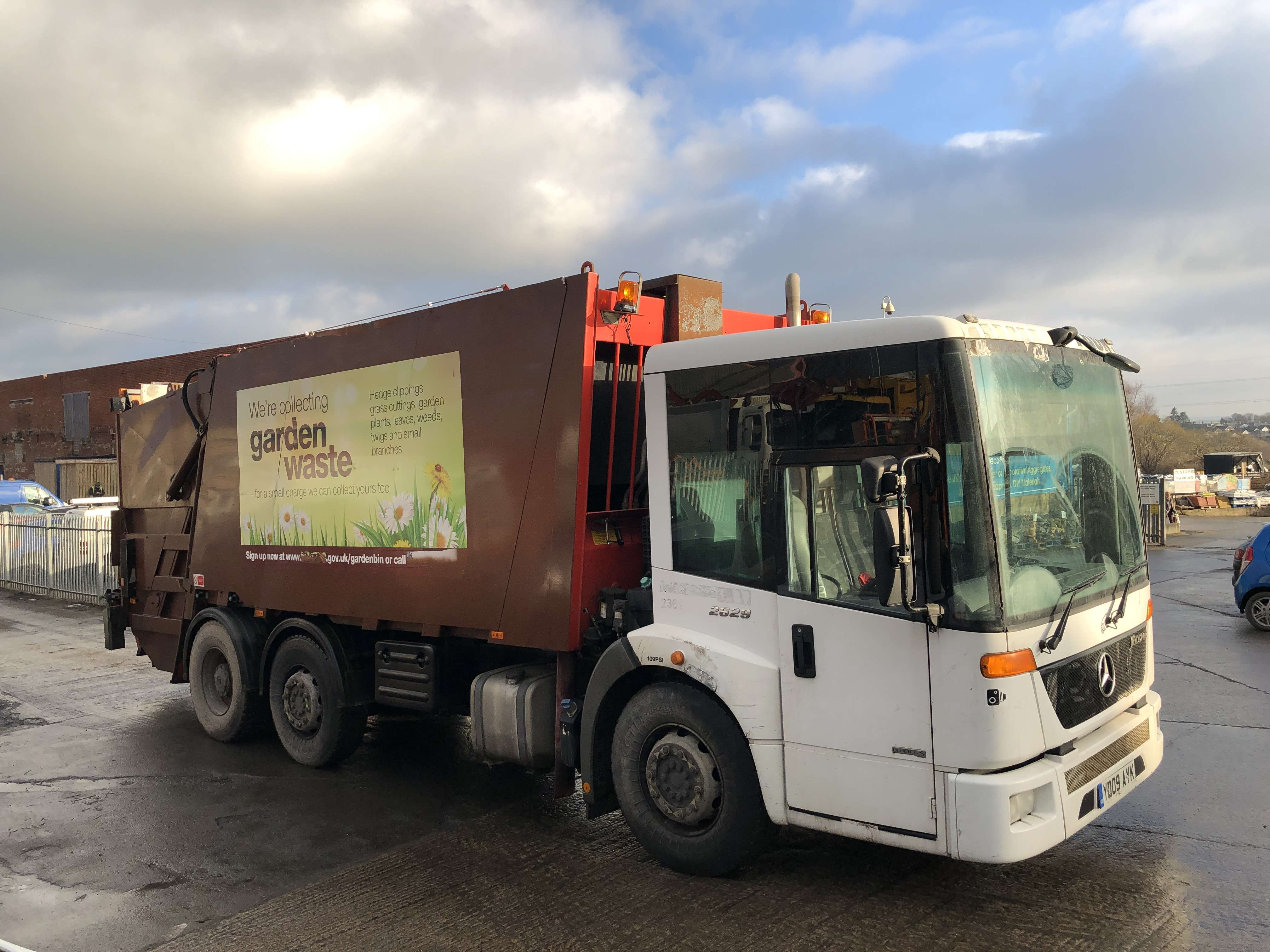 2009 Mercedes Econic 2629 6x2 dustcart for sale, Faun variopress body, Terberg binlift 10