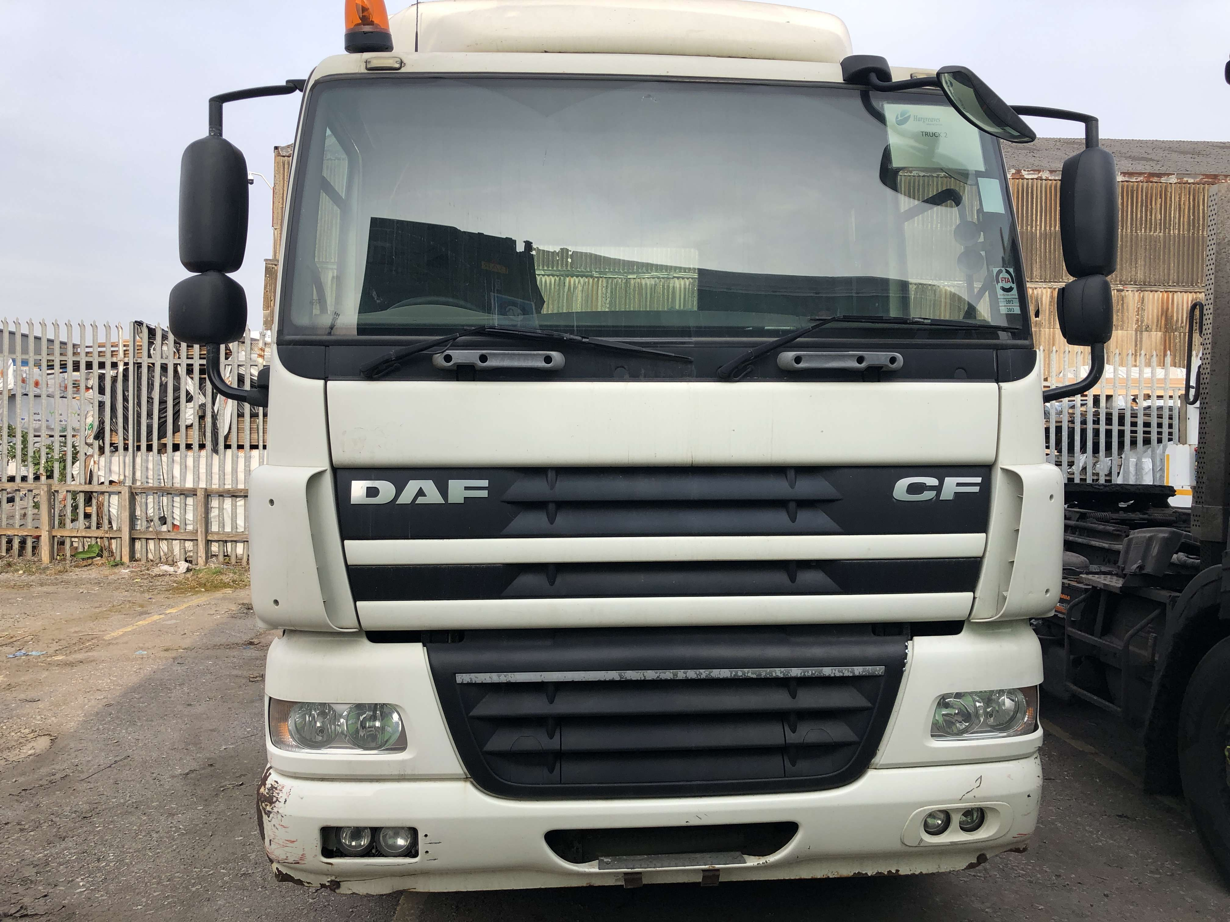 2009 DAF CF85.410 4x2 tractor unit for sale 4