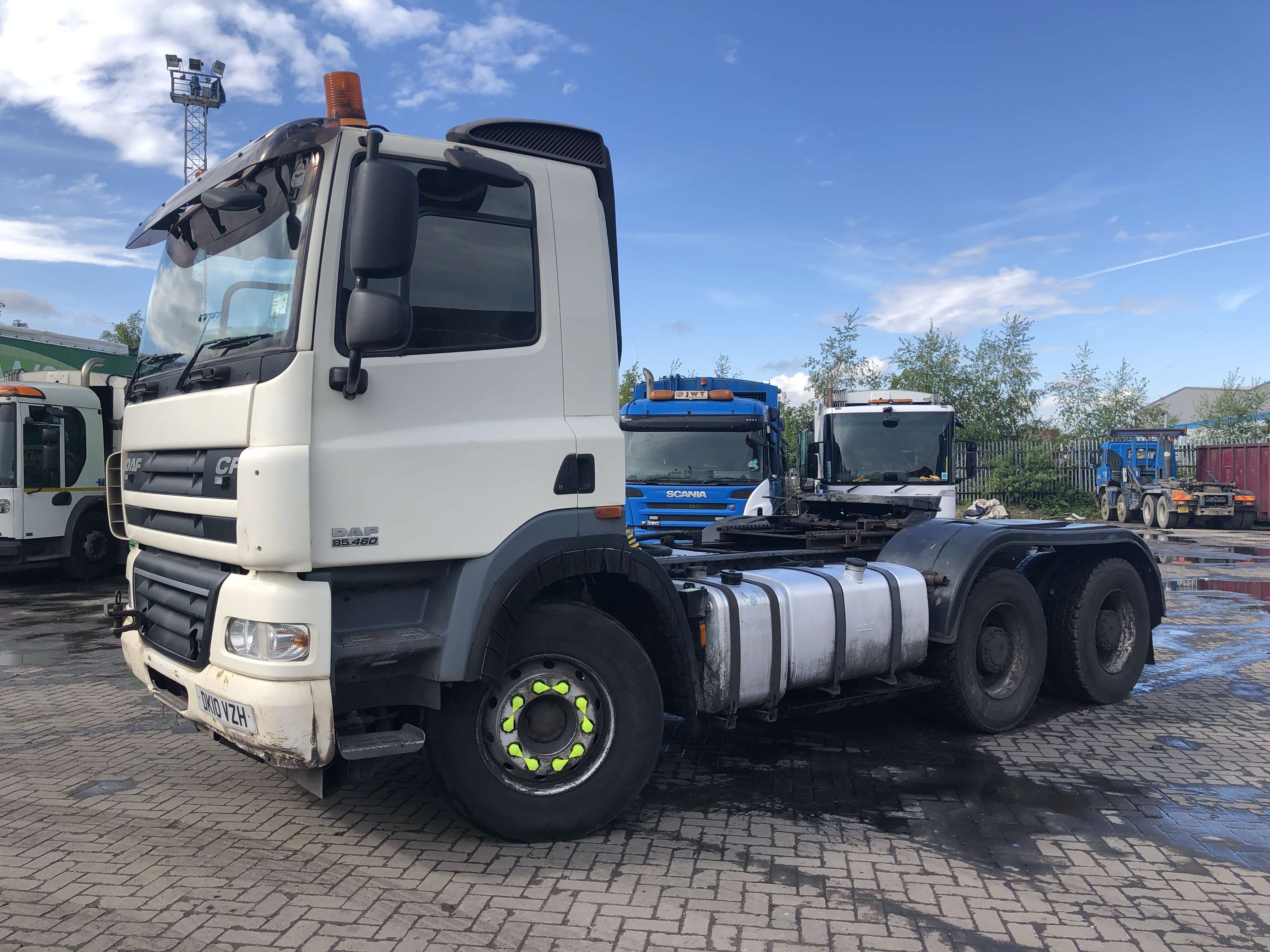 2010 DAF CF 85.410 6x4 double drive tractor unit for sale