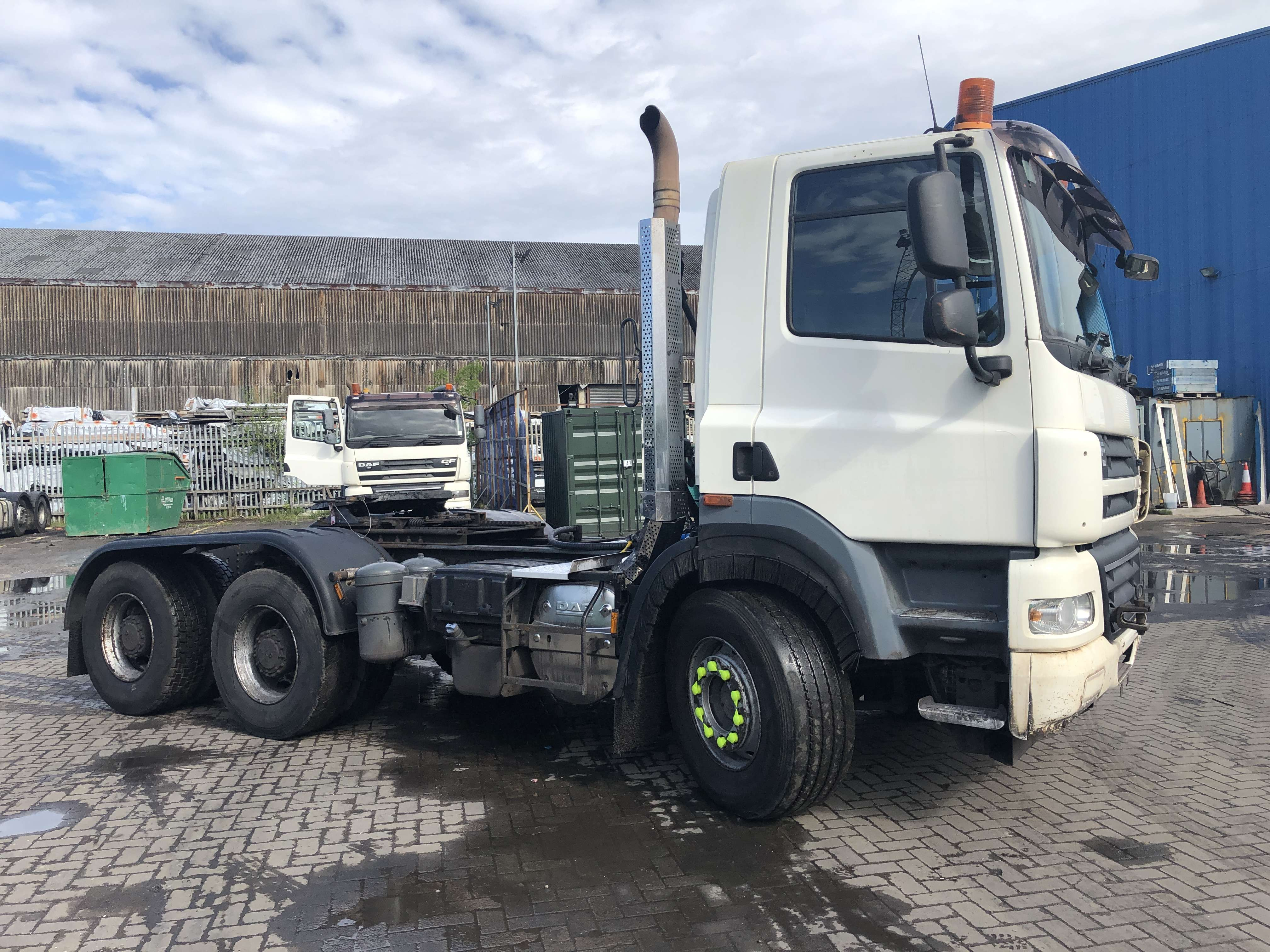 2010 DAF CF 85.410 6x4 double drive tractor unit for sale 4