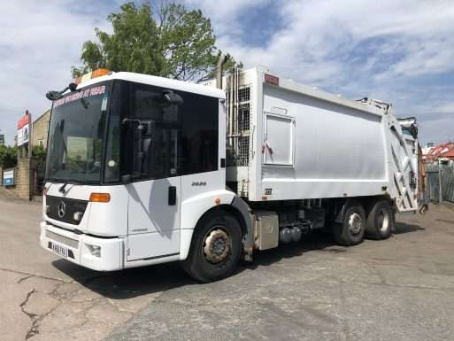 2010 Mercedes Econic 2629 6x2 70/30 split body binwagon for sale