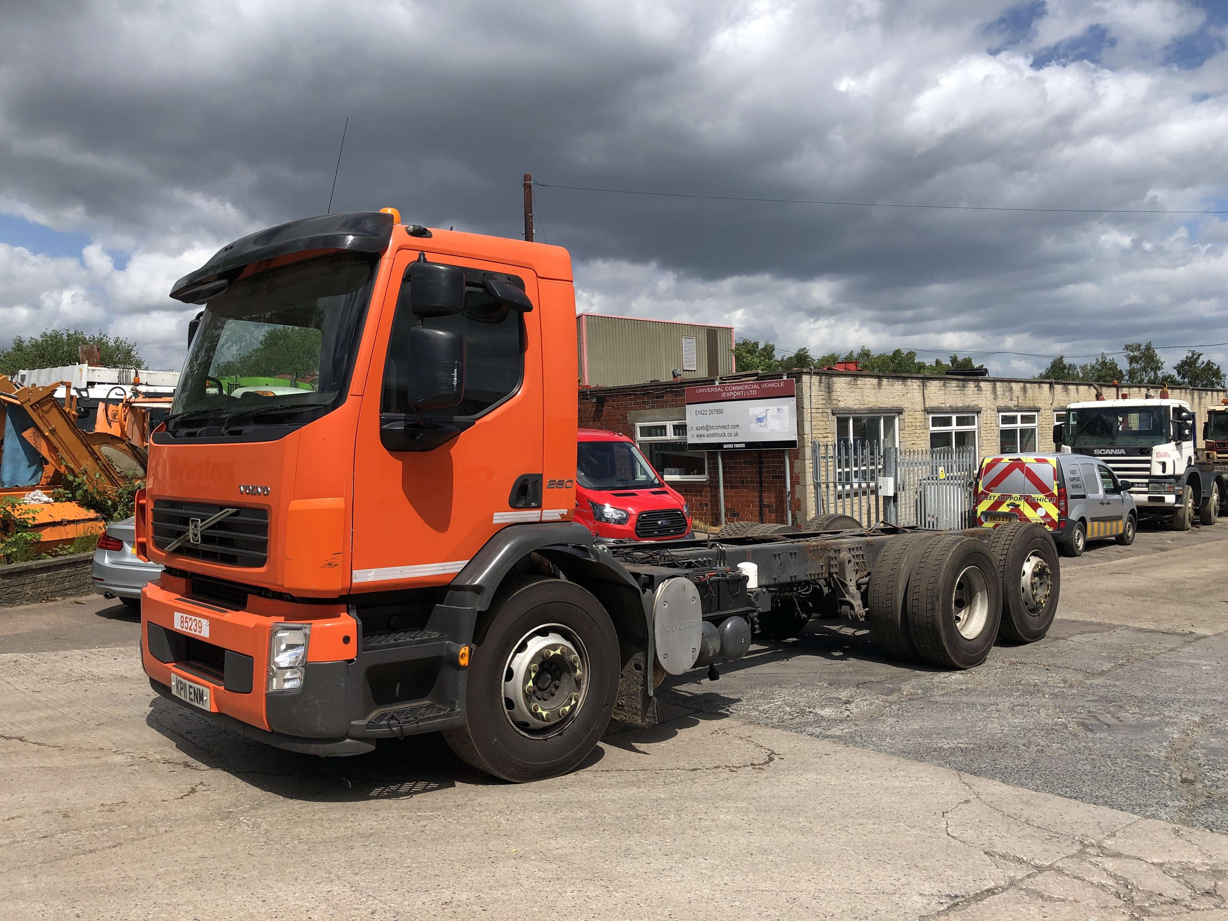 Volvo FE 260 6x2 rear steer chassis cab