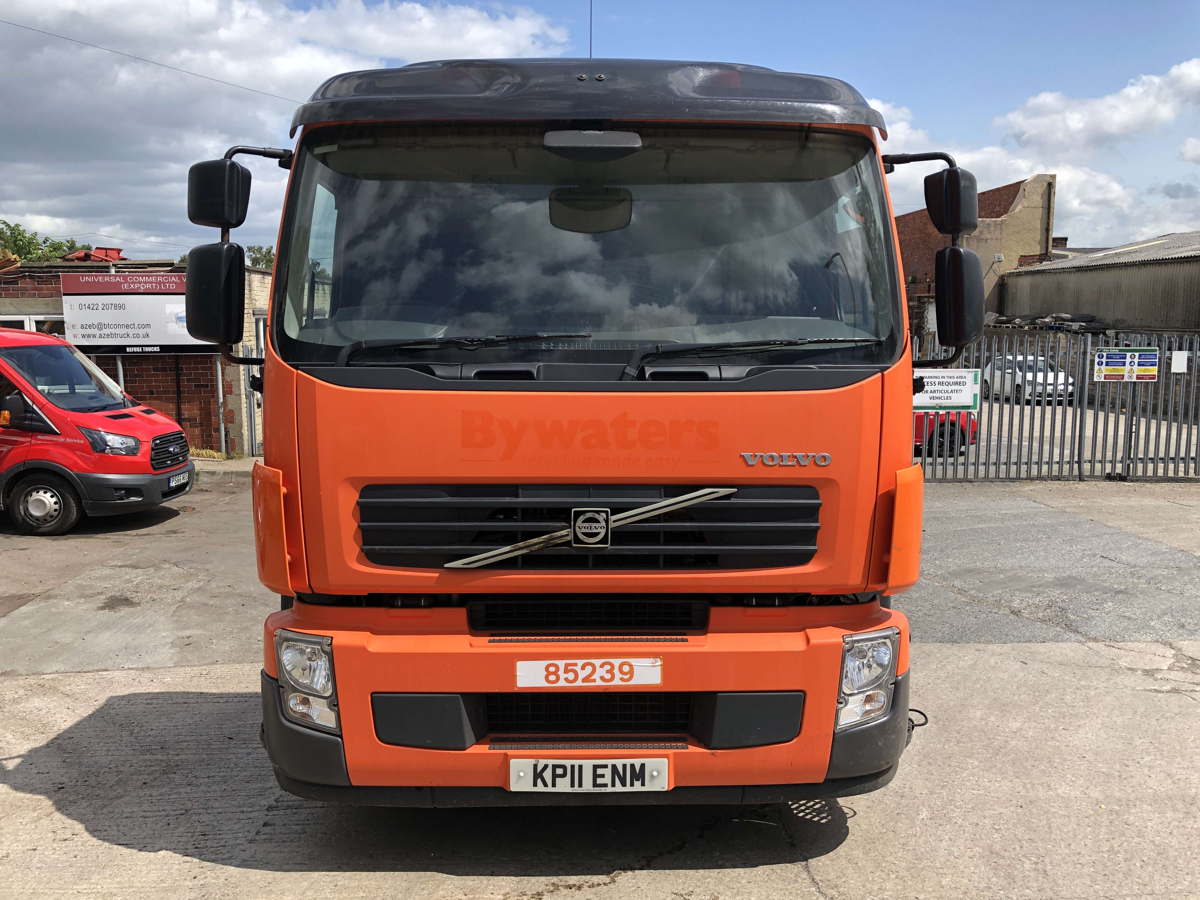 Volvo FE 260 6x2 rear steer chassis cab 6