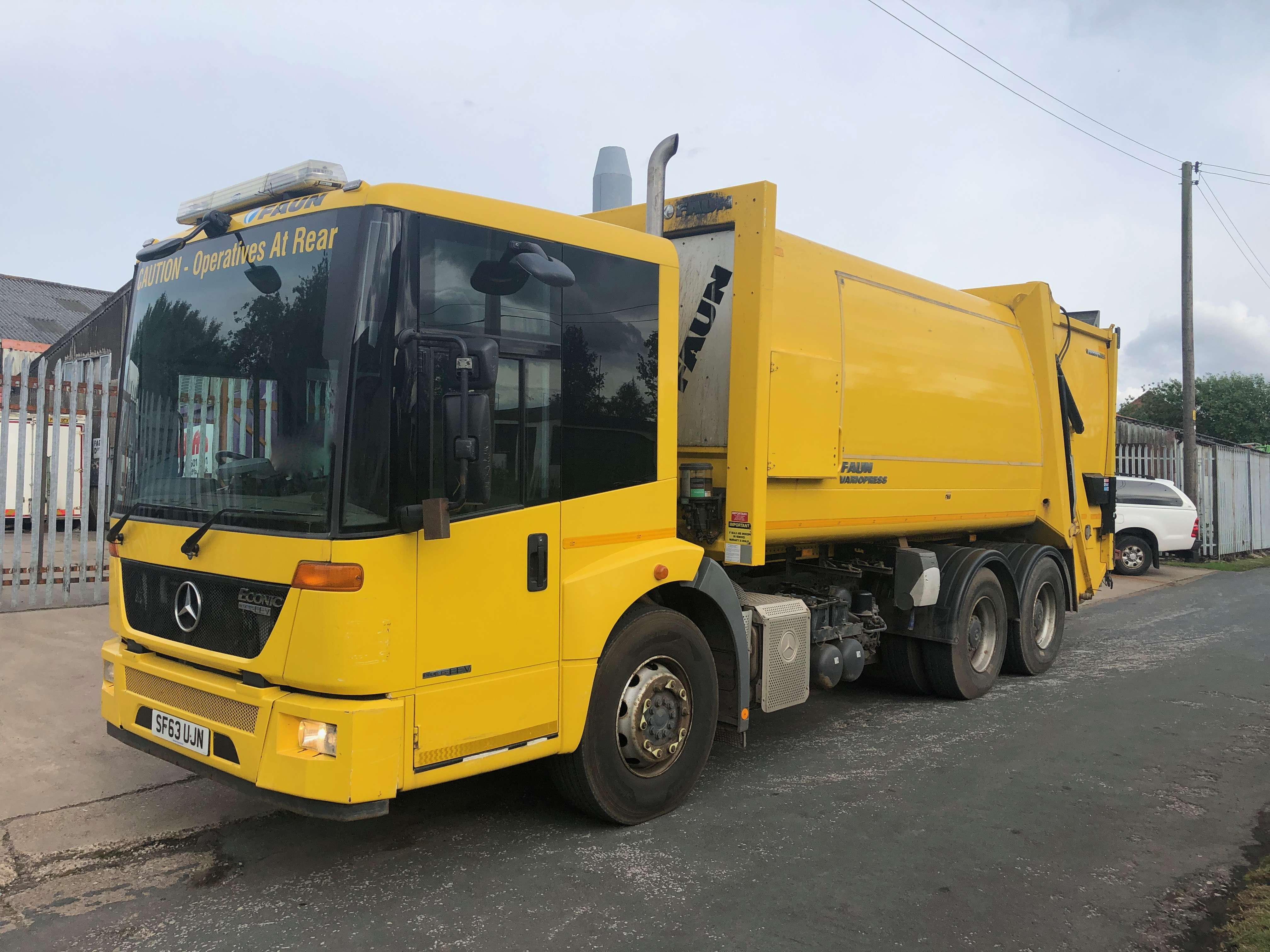 2013 Mercedes Econic refuse truck for sale