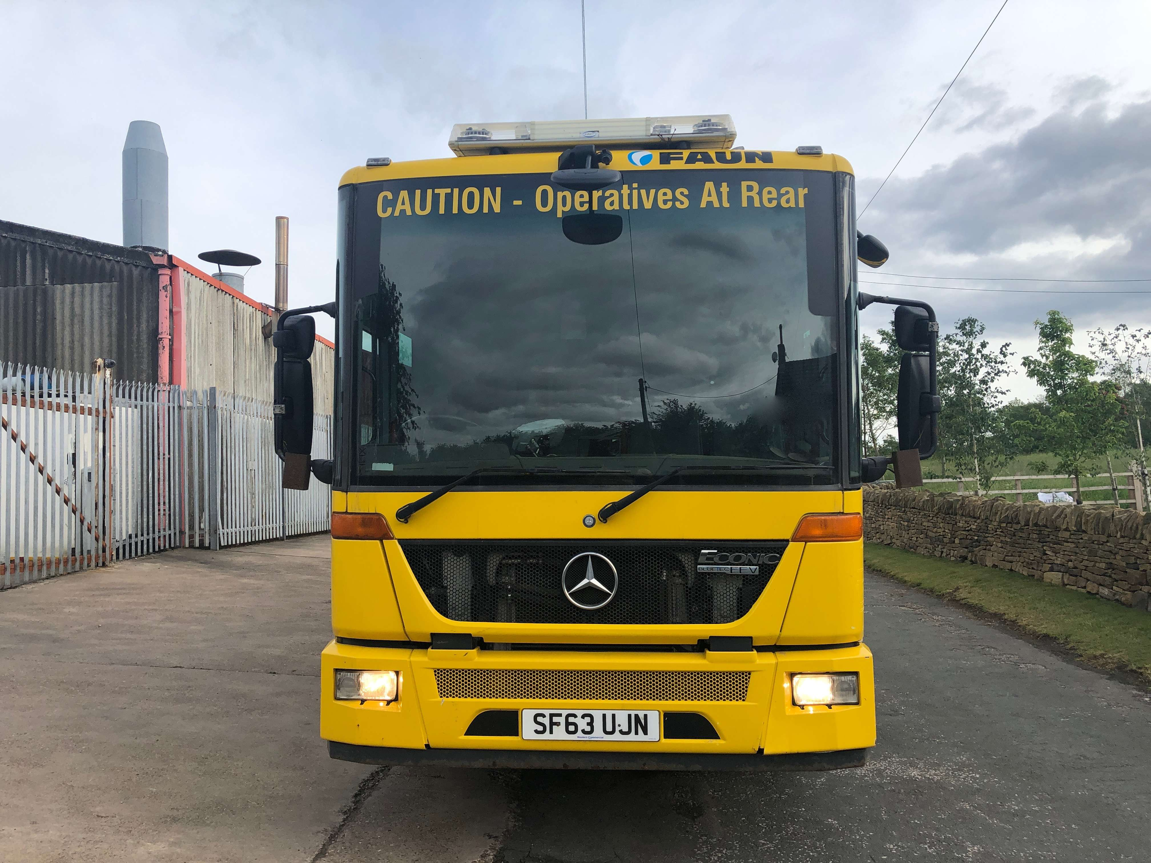 2013 Mercedes Econic refuse truck for sale 5