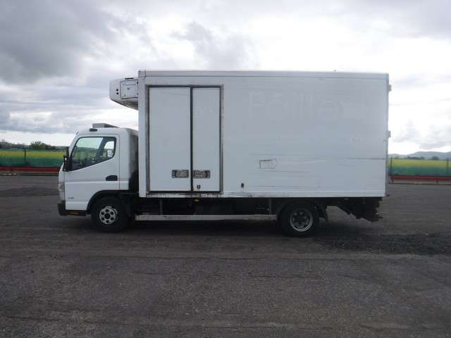 Mitsubishi Fridge truck for sale 5